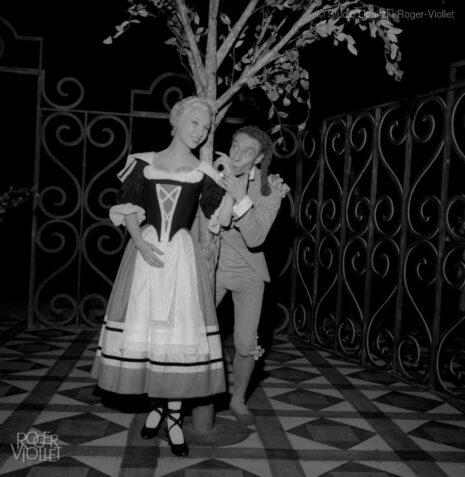 Le Mariage de Figaro de Beaumarchais. Mise en scène de Jean Vilar. Silvia Monfort et Daniel Sorano. Paris, TNP, janvier 1957