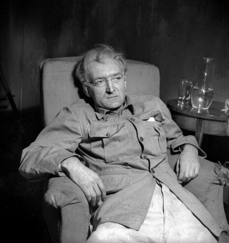 La Danse de mort (Dödsdansen), pièce d'August Strindberg. Jean Vilar. Paris, Studio des Champs-Elysées, novembre 1948.