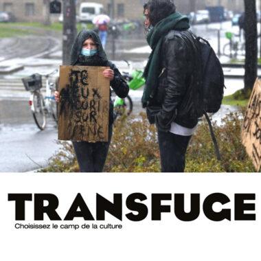 manifestation d'étudiants et logo de transfuge